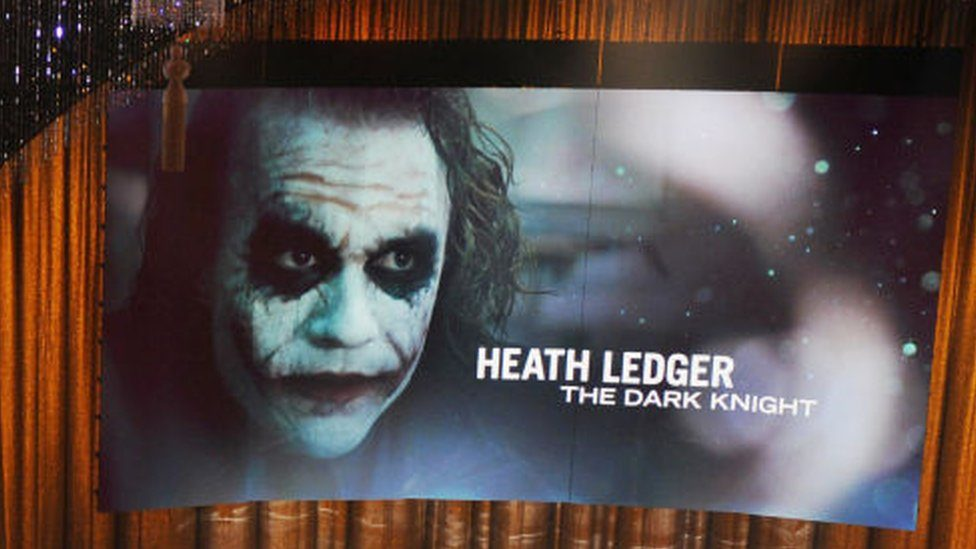 Picture of Heath Ledger during his posthumous 2009 Oscar win