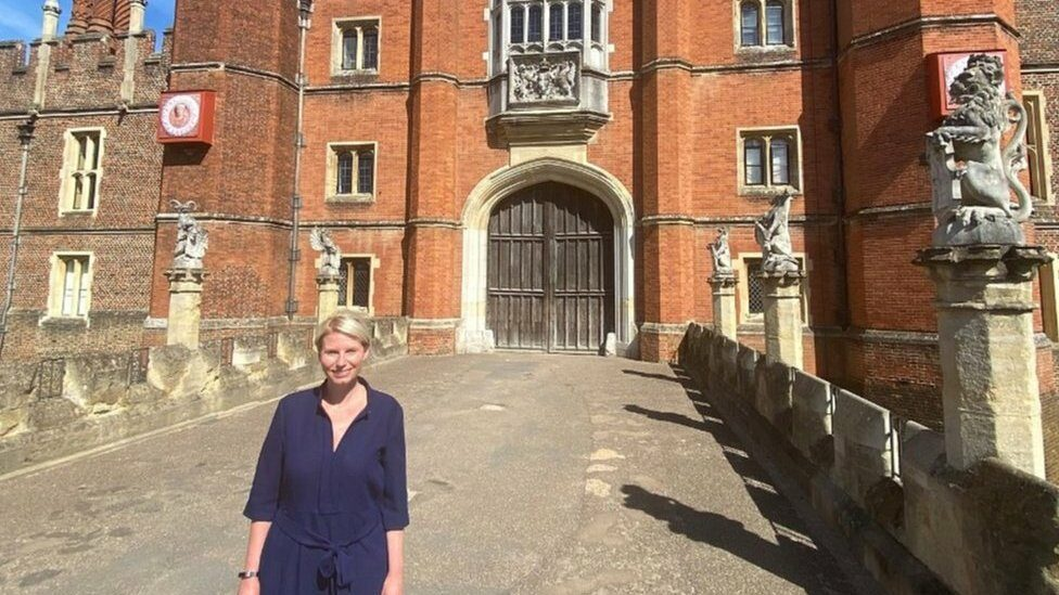 Lucy Hutchings at Hampton Court Palace