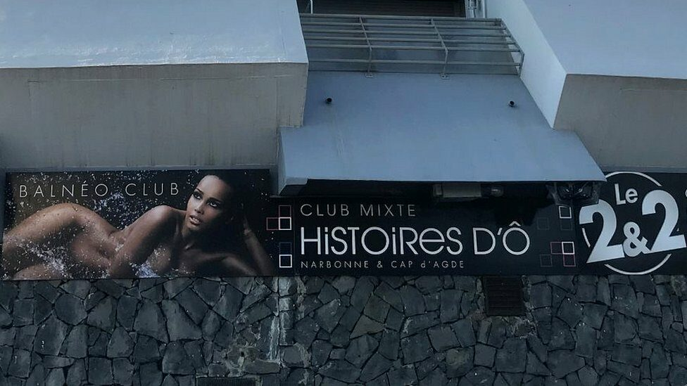 Among the clubs enticing swingers is the Balnéo-Club Le 2&2