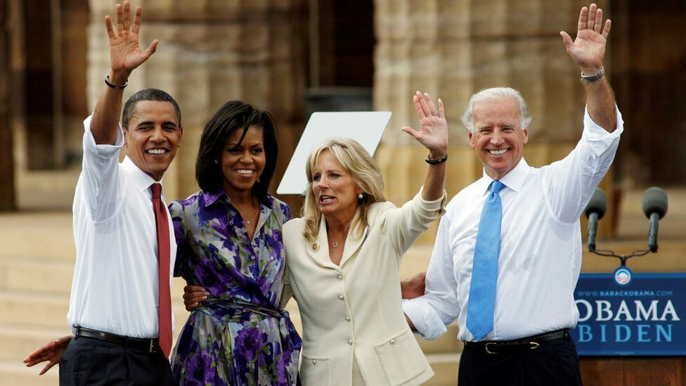"""US Democratic presidential candidate Senator Barack Obama (D-IL) (L) and his wife Michelle wave together with Obama""""s vice presidential running mate Senator Joe Biden (D-DE) (R) and his wife Jill during a campaign event at the Old State Capitol in Springfield, Illinois, U.S., August 23, 2008"""