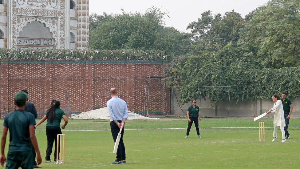 William and Kate playing cricket in Pakistan on 17 October 2019
