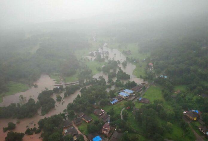 ฝนถล่มอินเดียหนักขึ้นเรื่อยๆ