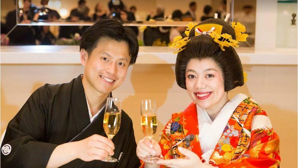 เจฟฟ์และมิซูกิ สวมชุดพื้นเมืองญี่ปุ่น