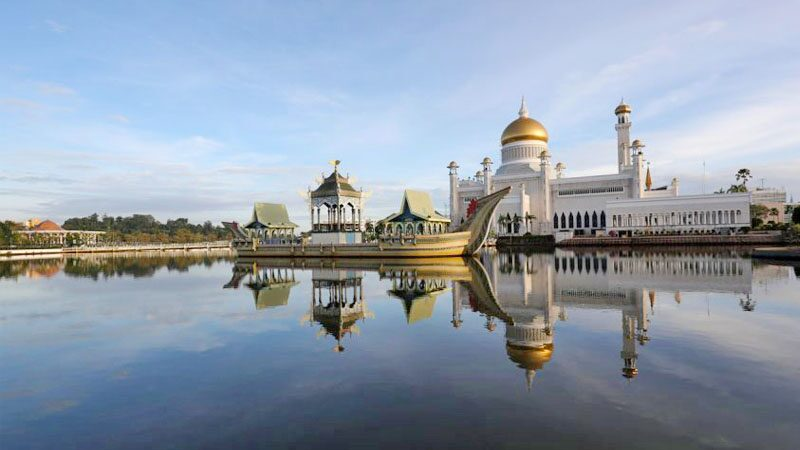 Brunei strict control for 14 days